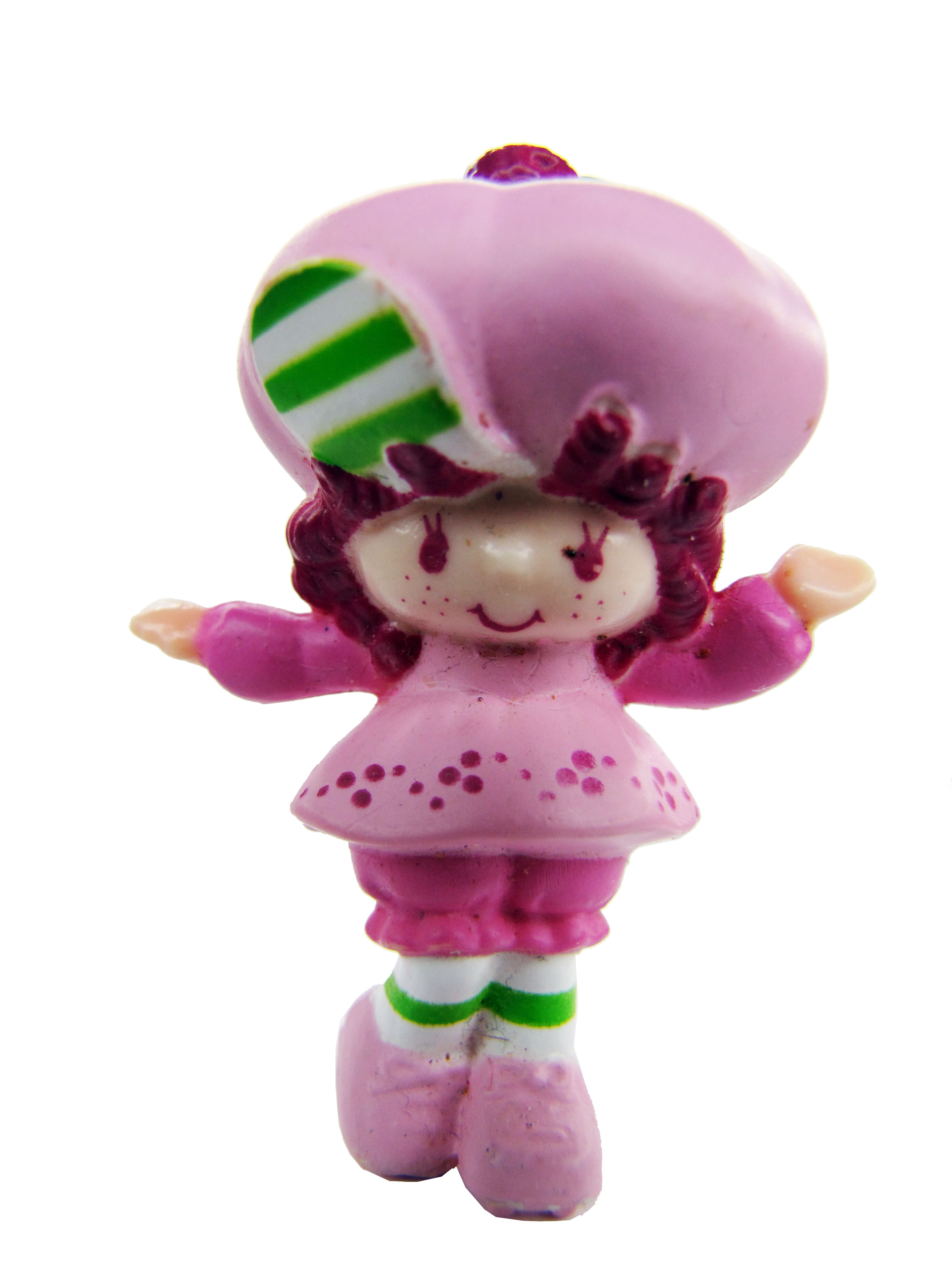 Vintage Strawberry Shortcake Raspberry Tart Skating